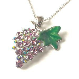 Juicy 🌸2/$10 Grape Necklace 🍇